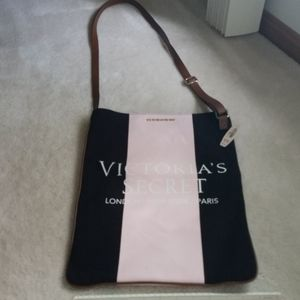 VICTORIA'S SECRET NWT crossbody purse